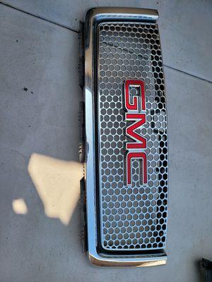 Gmc sierra 2007 2008 2009 2010 2011 2012 2013 grille for Sale in Lawndale, CA