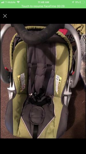 Baby trend car seat for Sale in Lapeer, MI