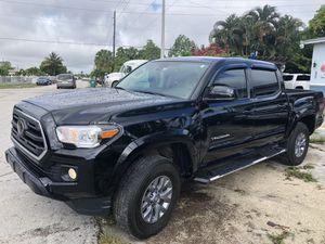 2019 Toyota tacoma SR5 for Sale in Miami Gardens, FL
