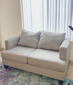 Living Spaces Loveseat for Sale in Long Beach,  CA