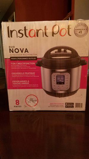 Instant pot Duo Nova 8QT 7 in 1 Muiti-Use Pressure Cooker for Sale in Frisco, TX