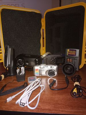Ricoh caplio r30 camera with waterproof case for Sale in Tampa, FL