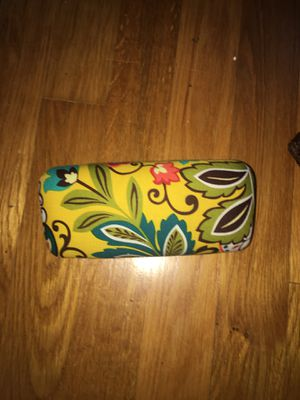 Vera Bradley yellow Hardshell glasses case for Sale in Silver Spring, MD