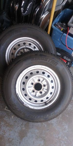 2- 5 lug trailer tires for Sale in Modesto, CA