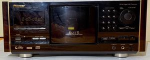 PIONEER Elite Rosewood PD-F19 File-Type CD Player 300 Changer Jukebox for Sale in Scottsdale, AZ