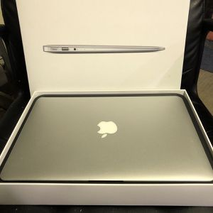 2015 MacBook Air intel i7 processor 256gb SSD For Sale for Sale in Queens, NY