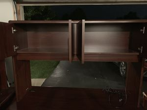 Office desk and hutch for Sale in Schererville, IN