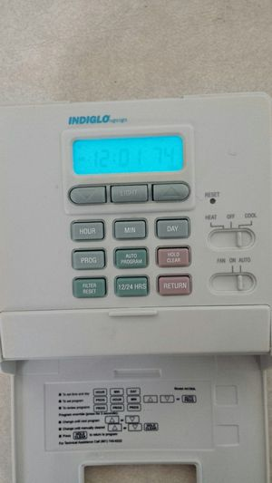 Hunter Indiglo programmable thermostat for Sale in Chesapeake, VA