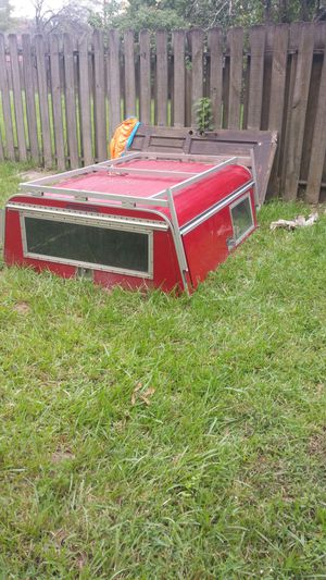 A.R.E. camper shell with ladder rack for Sale in Houston, TX