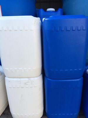 10 Gallon Containers for Sale in Detroit, MI