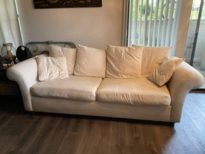 Pottery barn sofa for Sale in Saint Charles, MO