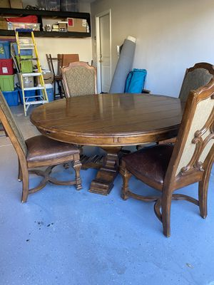 Ashley Furniture Dining Table & Chairs for Sale in Corona, CA