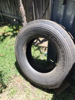 Dynatrac trailer tire 295/75r22.5 for Sale in Ontario, CA