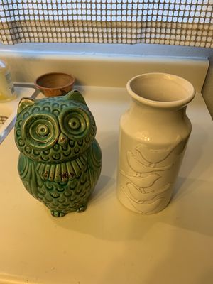 Home Decor Owl and Vase for Sale in Long Beach, CA