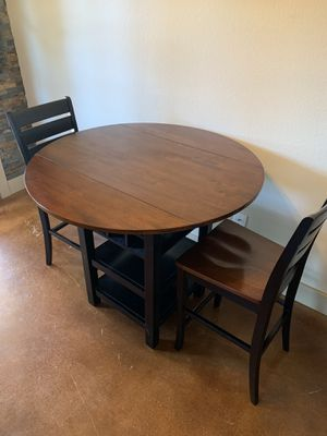 Kitchen table & chairs for Sale in Dripping Springs, TX