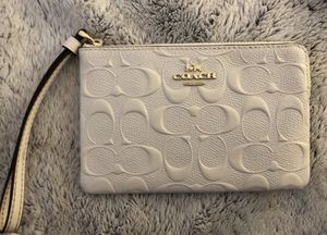 COACH handbag (shipping only) for Sale in St. Louis, MO