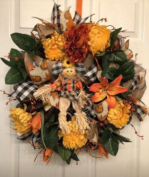 Summer flowers wreath for Sale in Coral Gables, FL