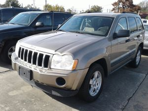 2005 JEEP GRAND CHEROKEE CLEAN TITLE LOW DOWN for Sale in Houston, TX