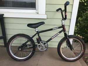 Giant 16 inch bmx bike for Sale in Knoxville, TN