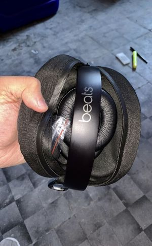 Beats Solo 3 wireless for Sale in The Bronx, NY