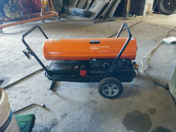 Dayton oil and kerosene heater. 170000 btu only used once. Still new even has stickers on it. And have all paperwork for it.