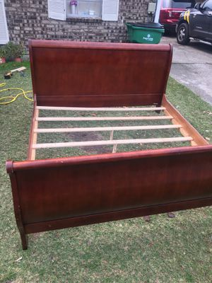 King bed frame for Sale in Metairie, LA