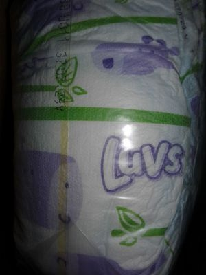 34 LUVS SIZE 2 DIAPERS for Sale in Lancaster, PA