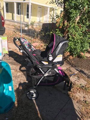 Babygirl Travel Set for Sale in Dallas, TX