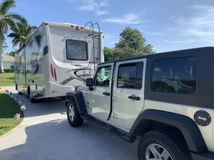 2013 hurricane door 29 feet v 10 Set the pull keep package deal only low miles,low hrs on gen, Jeep 13500 Asking 80,000 for Sale in Port St. Lucie, FL