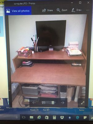 Computer desk brown wood for Sale in West Los Angeles, CA