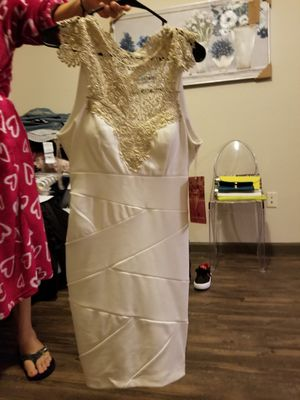 New white and gold dress for Sale in Lockhart, FL