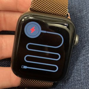 Apple Watch Series 5 LTE for Sale in San Diego, CA