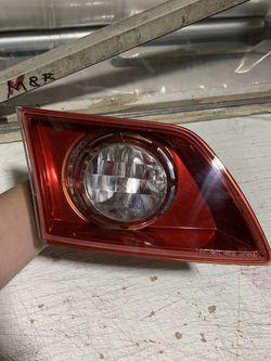 2003-2008 Infiniti FX35 FX45 Left Inner Tail Light for Sale in Los Angeles,  CA
