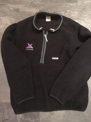 Men's Patagonia Fleece Pullover 1/4 ZIP Black for Sale in Warwick, RI