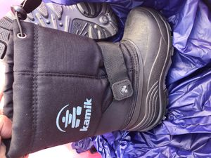 Kamik size 12 kids snow boots for Sale in Los Angeles, CA