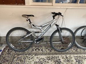 """GIANT Mountain Bike 18.5"""" for Sale in Los Osos, CA"""