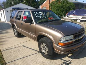2003 Chevy Blazer 4 door 4 by 4 V6 automatic 130000 runs and drives excellent no issues at all clear title in hand 1250 firm for Sale in Madison Heights, MI