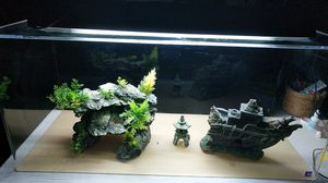 Fish tank decoration 3 pieces for Sale in Irvine, CA