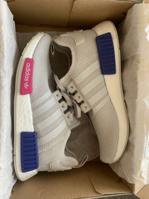 New Adidas NMD_R1J Size 6Youth/7.5 Womens for Sale in Garden Grove, CA