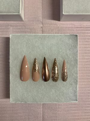 PRESS ON NAILS for Sale in Portland, OR