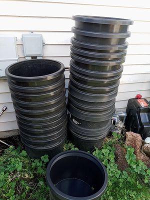 Plastic PLANT Pots for Sale in Everett, WA
