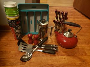 Kitchen starter set for Sale in Ashland City, TN