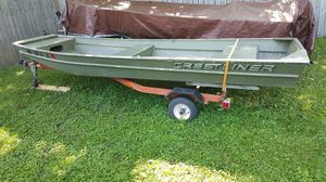 2001 14 foot flat bottom boat for Sale in Owatonna, MN