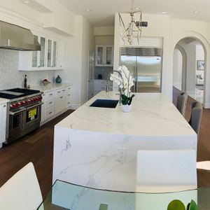 Kitchen Cabinets, White & Blue Shaker with Calacatta Classic for Sale in South Gate, CA
