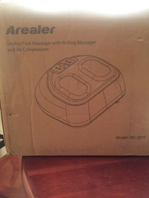 Brand New!! Arealer Shiatsu Foot Massager Model: RD-Z677 for Sale in Nashville, TN