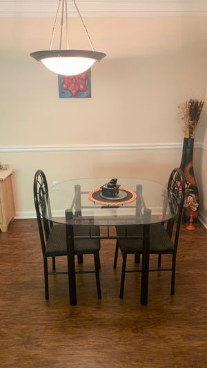Breakfast/Dining Table both chairs included for Sale in Alpharetta, GA