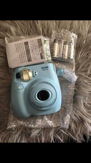 Intax Mini Cameras 2x pink/blue for Sale in Phillips Ranch, CA