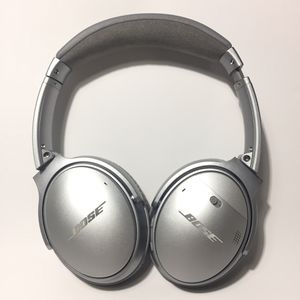 Bose QuietComfort 35 (Series I) Wireless Headphones, Noise Cancelling - Silver for Sale in Union City, CA