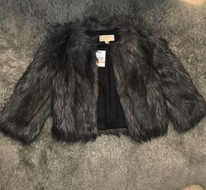 Michael Kors faux fur coat medium for Sale in San Diego, CA