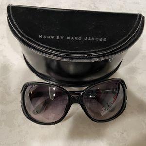 Marc Jacobs Women's Sunglasses - Black for Sale in Corona, CA